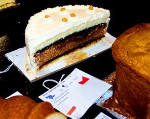 PRIZE WINNING LAYER CAKES