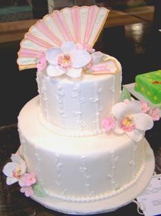 Fan-Topped Cake