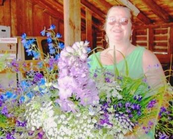 Floral & Hardy Farm