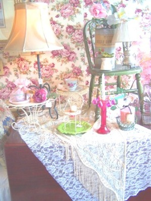 Shopping at Chintzy Rose