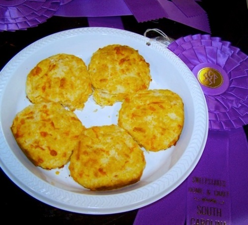 sc fair  CHEESE BISCUITS